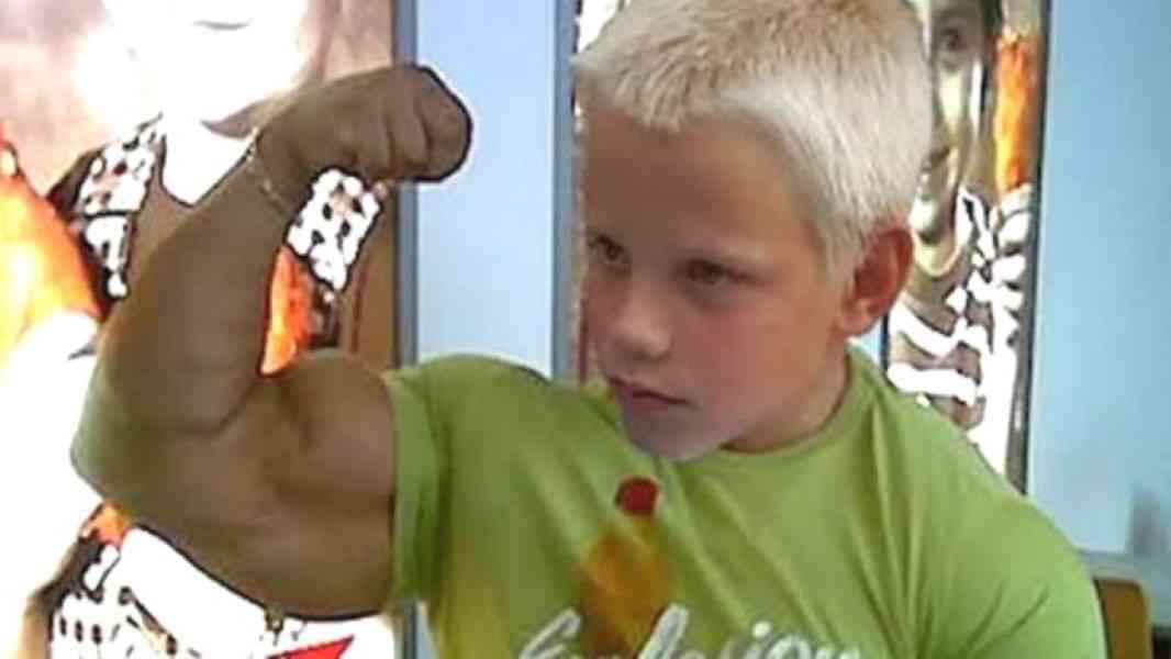 5 Most Strongest Kids In The World - YouTube