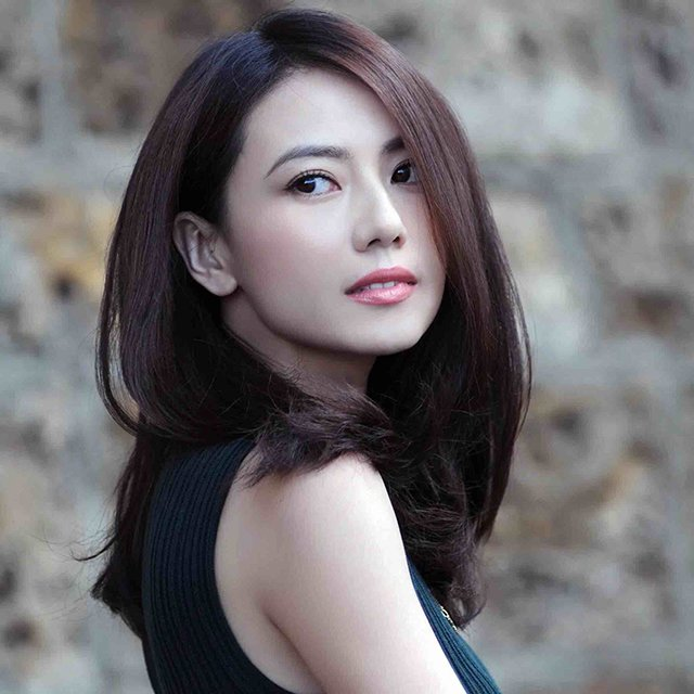 Girl petite chinese Dating A